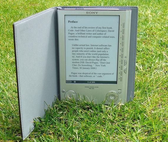 Elektroninės skaityklės pliusai ir minusai