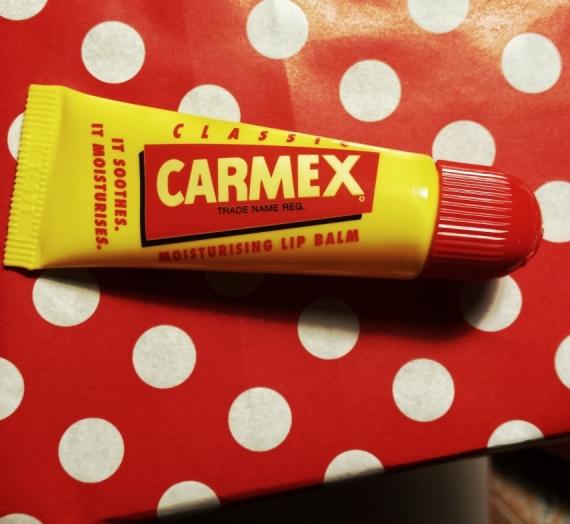 """Apžvalga: Lūpų balzamas """"Carmex"""""""
