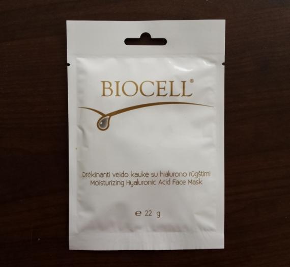 """Svečiuose Inga. Atsiliepimas apie """"Biocell"""" drėkinančią veido kaukę su hialurono rūgštimi"""