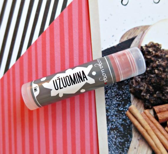 """Natūralaus grožio užuomina, arba """"Uoga Uoga"""" lūpų balzamas su spalvotais mineralais"""