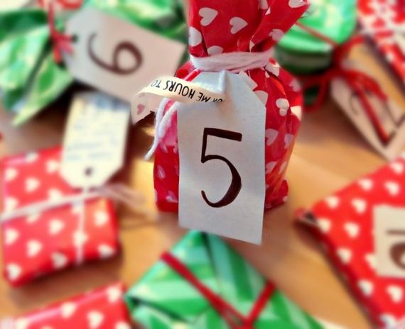Blogmas diena Nr.5: pakalbėkime apie dovanų pakavimą