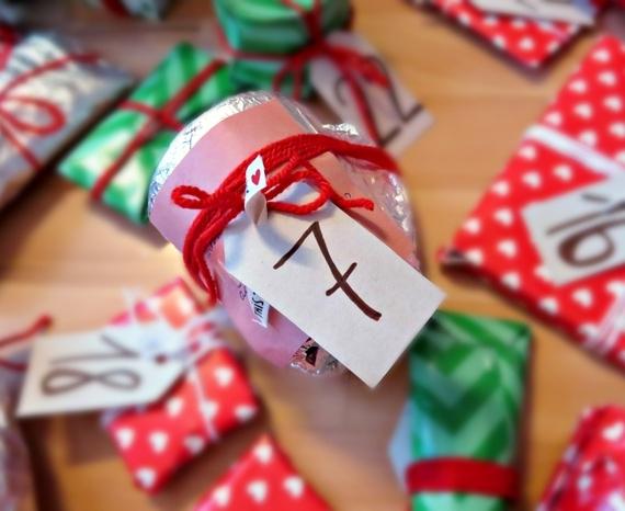 Blogmas diena Nr.7: paplepėjimai, mano kalėdinė muzika ir septintos dovanėlės išpakavimas