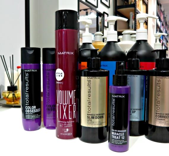 """""""Matrix"""" diena: plaukų diagnozė ir procedūra plaukams"""