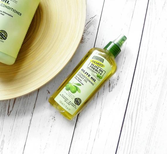 """Apžvalga: """"Palmer's"""" purškiamas plaukų aliejus iš """"Olive Oil Formula"""" serijos"""