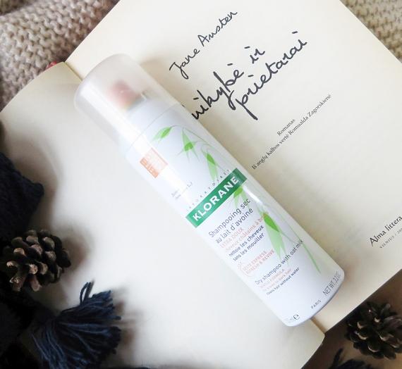"""""""Klorane"""" natūralaus atspalvio sausas šampūnas su avižomis. Pirmasis, kurio neatidaviau!"""