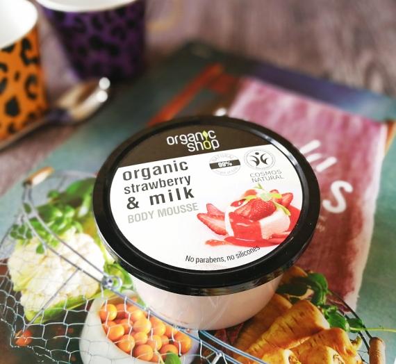 """Čia jogurtas ar kremas? """"Organic Shop"""" kūno priežiūros priemonės """"Strawberry and milk"""" apžvalga"""
