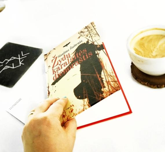 Aštuonios mano gegužės knygos: Lietuvos istorijos skauduliai, nusikaltimai, santuokų dramos, stiprios moterys