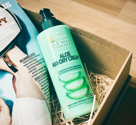 """Apžvalga: """"Garnier Fructis"""" drėkinamasis plaukų kremas """"Aloe Air-Dry Cream"""""""