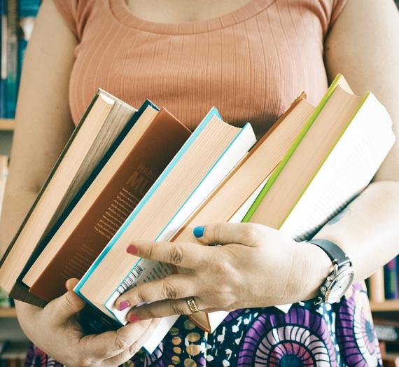 Penkios liepos knygos, arba tingūs karštojo sezono skaitiniai
