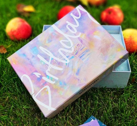 """""""Lookfantastic"""" grožio dėžutė """"Birthday Edition"""", 2018m. rugsėjis. Įspūdžiai"""