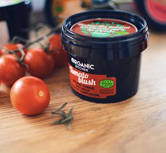"""Apžvalga: """"Organic Kitchen"""" natūrali tonizuojanti veido kaukė """"Drovus pomidoras"""""""