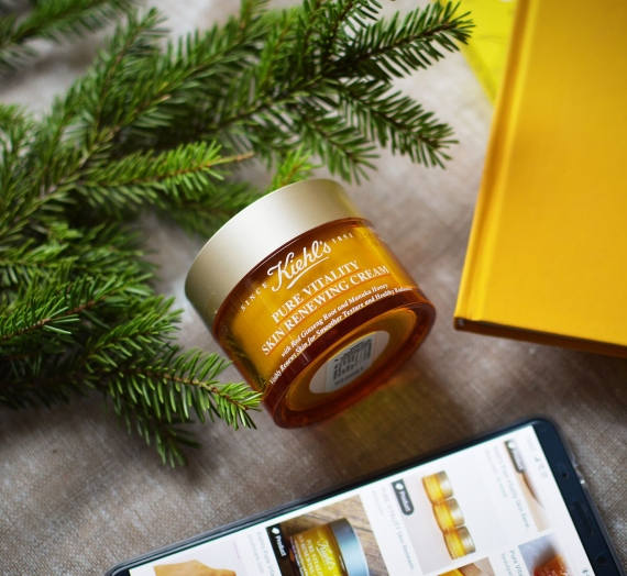 """Apžvalga: """"Kiehl's"""" veido kremas su Manuka medumi ir raudonojo ženšenio šaknimi """"Pure Vitality Skin Renewing Cream"""""""
