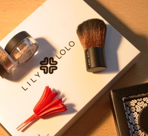 """Apžvalga: """"Lily Lolo"""" mineralinių pudrų mini rinkinys (Spalva – Light Medium)"""
