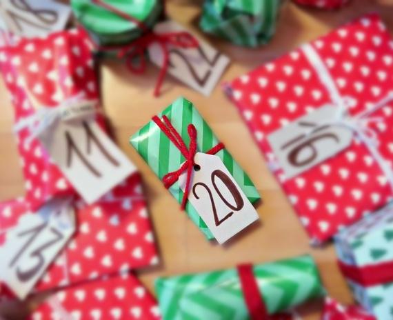 Blogmas diena Nr.20: kosmetikos maniakė gavo dovanų! Laukti Kalėdų negalima išpakuoti!