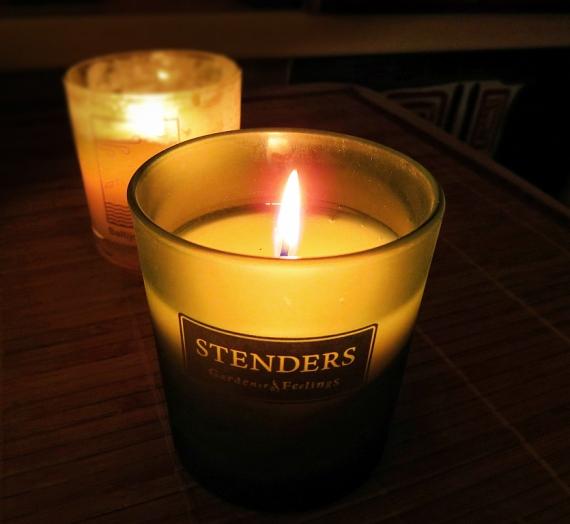 """Manija tęsiasi: """"Stenders"""" sojų vaško žvakė """"Northern Woods"""""""