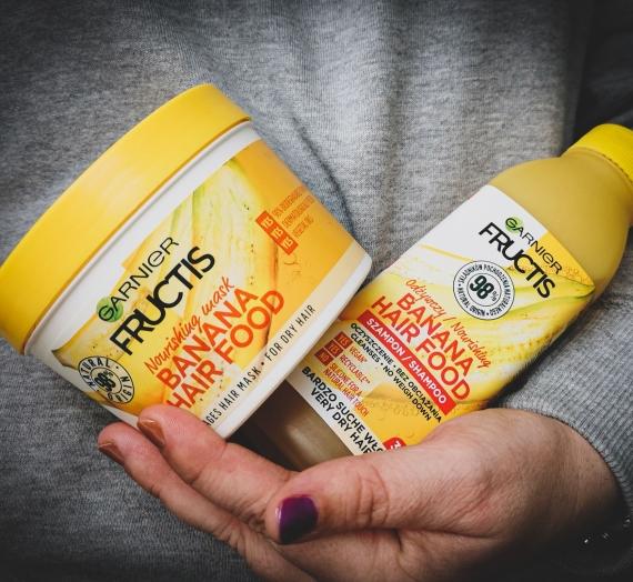 """Apžvalga: """"Garnier Fructis"""" plaukų šampūnas ir kaukė """"Banana Hair Food"""""""